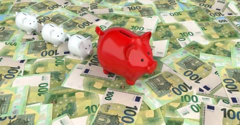 Spaarvarkens op eurobiljetten